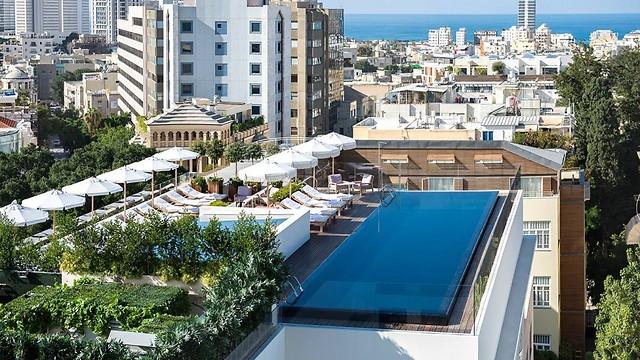 על גגות תל אביב
