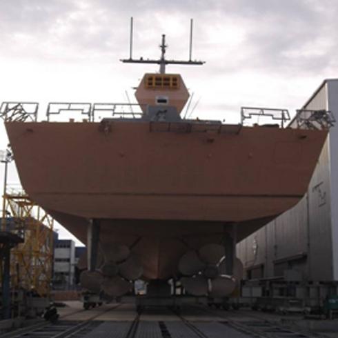 המתנה להסתערות על הספינות (צילום: דוברות חיל הים) (צילום: דוברות חיל הים)