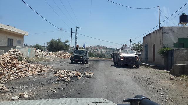 כביש המריבה בין קדום לקדומים (צילום: יואב זיתון) (צילום: יואב זיתון)