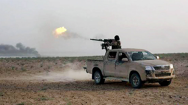 Islamic State fighters (Photo: AP)