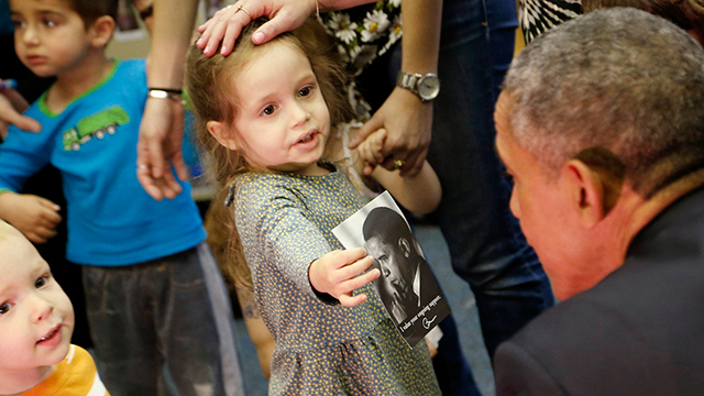 Obama visted with Jewish children after his speech. (Photo: Reuters) (Photo: Reuters)
