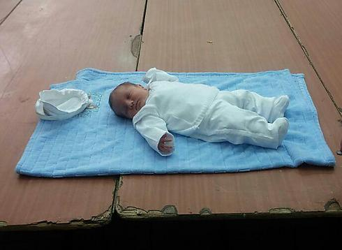 It's a boy! Shimon Chaim Shachar (Photo: Israel Cohen, Kikar Hashabat)