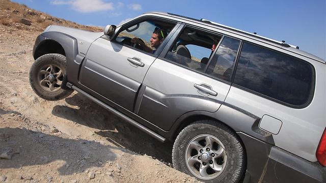 ג'יפים בדרך להר מונטר (צילום: עינב ברזני) (צילום: עינב ברזני)