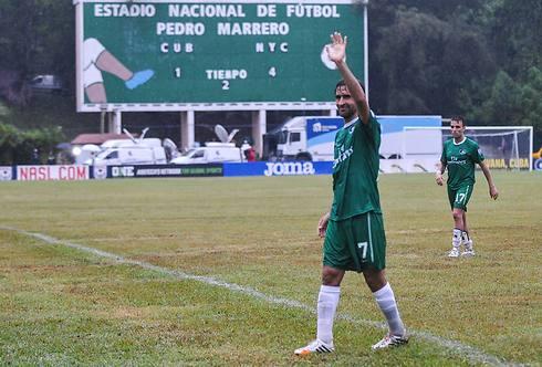 """מייצג את הלה ליגה בארה""""ב. ראול (צילום: AFP) (צילום: AFP)"""