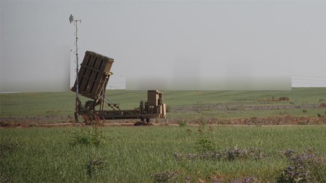 סוללת כיפת ברזל שנפרסה בדרום בסוף השבוע (צילום: בראל אפריים) (צילום: בראל אפריים)