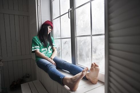 רוחו מרחפת מעלייך גם אם זאת כבר לא אהבה (צילום: Shutterstock) (צילום: Shutterstock)