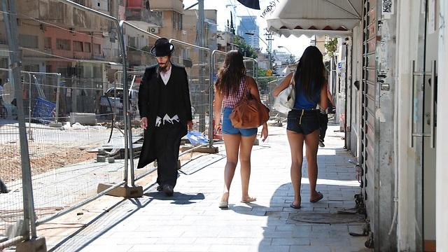 Humans of Tel Aviv (Photo: Erez Kagnovitz)