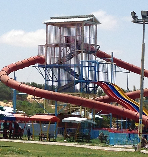 The main attraction - the water slides (Photo: Maurizio Molinari)