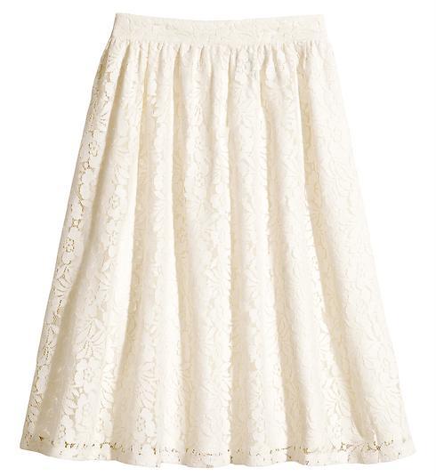 חצאית תחרה - לא לכלות בלבד. 349 שקלים, H&M (צילום: הנס מוריץ)
