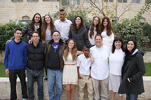 הסיפור המשפחתי שלהם: שרה וסוזן סילברמן ומשפחתן המורחבת. ביקור בירושלים ()