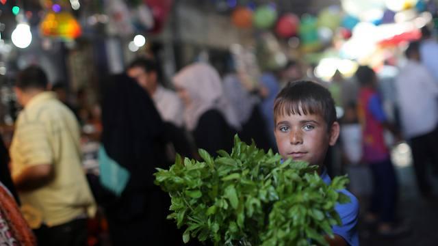 Gaza market during Ramadan (Photo: AFP)
