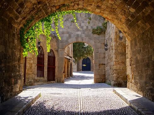 צאו לטיול בעיר העתיקה (צילום: קשרי תעופה) (צילום: קשרי תעופה)