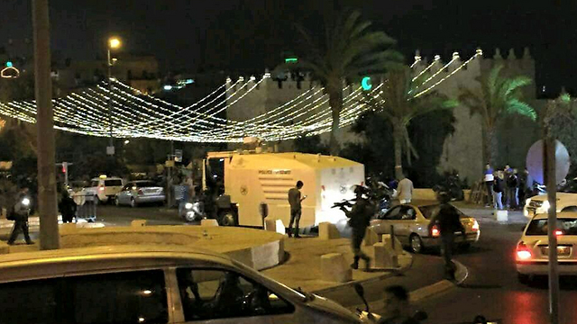 Damascus Gate at the scene of the riots. (Photo: Moshe Mizrahi) (Photo: Moshe Mizrahi)