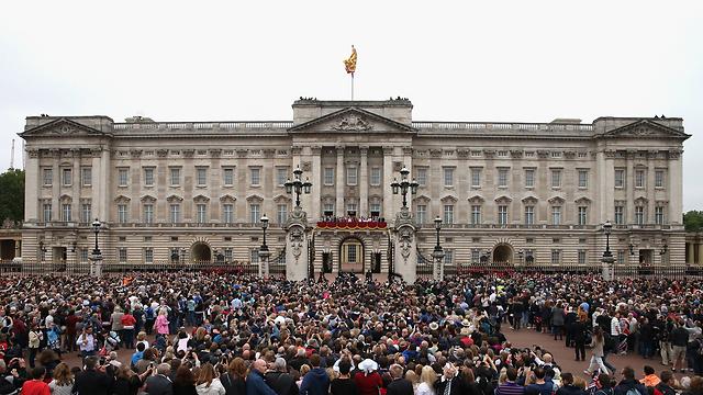 ארמון בקינגהאם בלונדון. מתרוצצים בין הבתים (צילום: gettyimages) (צילום: gettyimages)