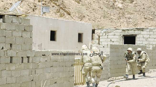 Egyptian army fighting in Sinai