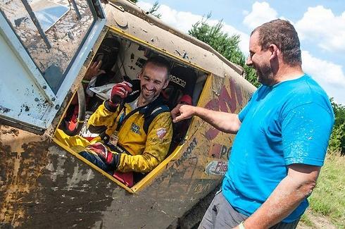 רז והלל בתום קטע המירוץ. קשיים טכניים (צילום: Paolo Baraldi) (צילום: Paolo Baraldi)