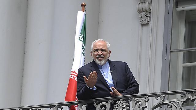 שר החוץ האיראני זריף בווינה (צילום: AFP) (צילום: AFP)