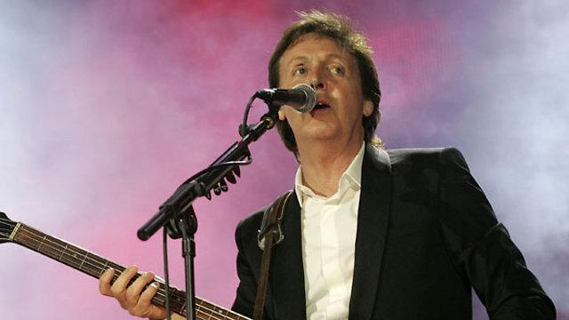 התגעגעתם, התגעגעתם, התגעגעתם לפול? בקרוב גם הוא יעלה לבמה (צילום: Getty Images Imagebank) (צילום: Getty Images Imagebank)