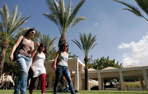"""אוניברסיטת בן גוריון. """"הרוב המוחלט של הסטודנטים מתגורר בשכונות ד', ג', ב' ו-ו' הישנה"""" (צילום: אליעד לוי)"""