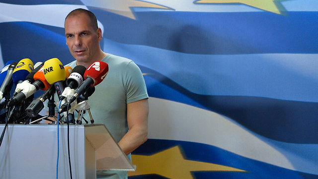 אישיות בלתי רצויה בגוש האירו. וארופקיס                          (צילום: AFP) (צילום: AFP)