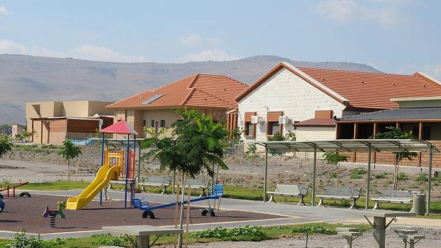 צמודי קרקע בבית שאן. 123 בתים פרטיים כבר נבנו (צילום: עמירן עידו)