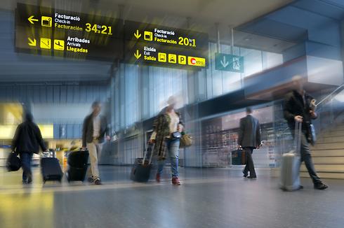 דעו את זכויותיכם וסכום הפיצויים במקרה של עיכובי טיסות (צילום: shutterstock) (צילום: shutterstock)