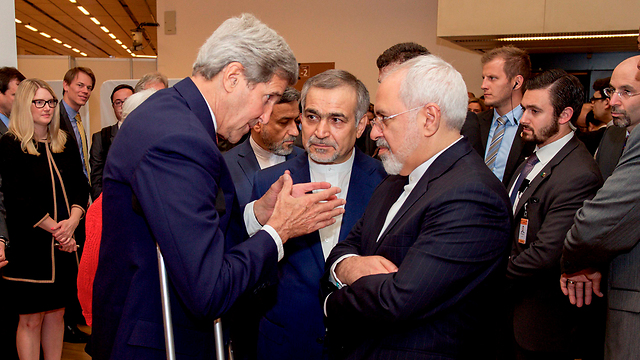US Secretary of State John Kerry and Iranian Minister of Foreign Affairs Mohammad Zarif in Vienna (Photo: Reuters) (Photo: Reuters)