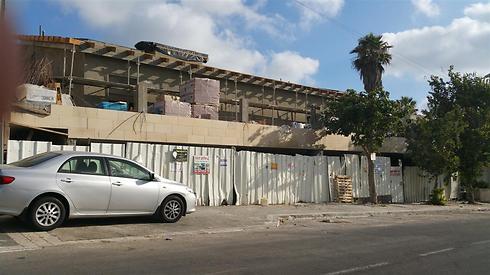 """המגרש בחיפה. השכנים טוענים: """"זה הפך לסיוט"""" (צילום: ג'ורג' גינסבורג) (צילום: ג'ורג' גינסבורג)"""