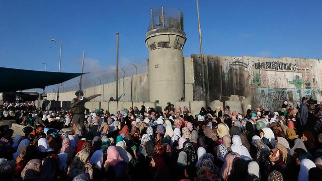 Qalandiya checkpoint (Photo: EPA)