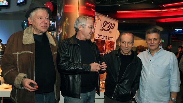 מאיק פניגשטיין, דני סנדרסון, גידי גוב ויצחק קלפטר (צילום: עופר עמרם) (צילום: עופר עמרם)