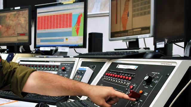 """מערכת מכ""""ם שתוסיף 8-7 שניות לצבע אדום (צילום: דובר צה""""ל)"""