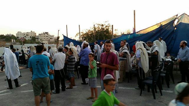Settlers' protest camp set up in Beit El (Photo: Elad Sheli)