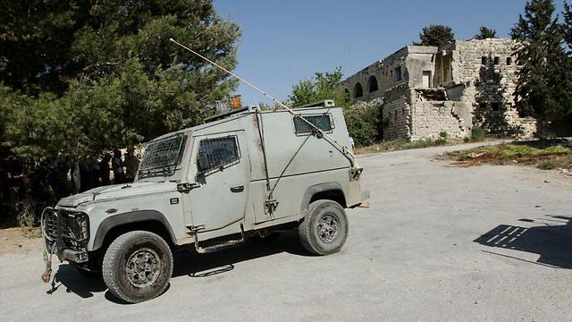 """רכב צה""""ל בשא-נור (צילום: עידו ארז)"""