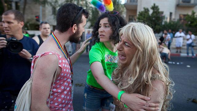 מצעד הגאווה בירושלים ורגעי ההלם אחרי הדקירה (צילום: gettyimages)
