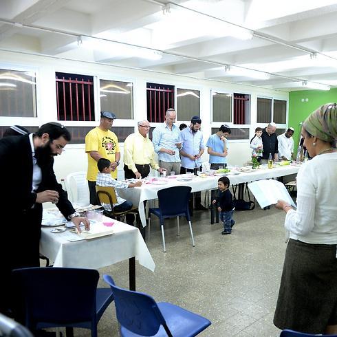 A conversion workshop (Photo: Kobi Koanks)