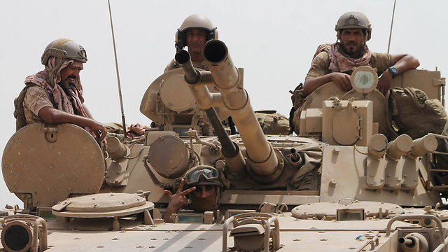 כוחות סעודיים בתימן. עכשיו גם יילחמו בעיראק ובסוריה? (צילום: AFP)