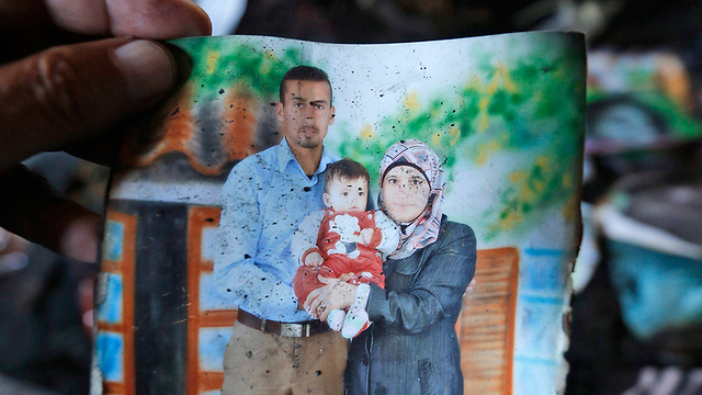 בני משפחת דוואבשה שנרצחו בפיגוע (צילום: EPA) (צילום: EPA)