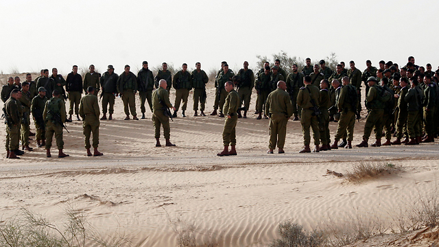 Troops in the tracker unit (Photo: Eliad Levy)