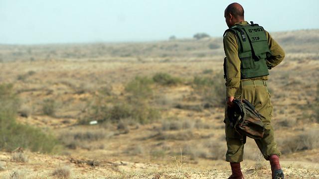 IDF tracker at the Egyptian border (Photo: Eliad Levy)