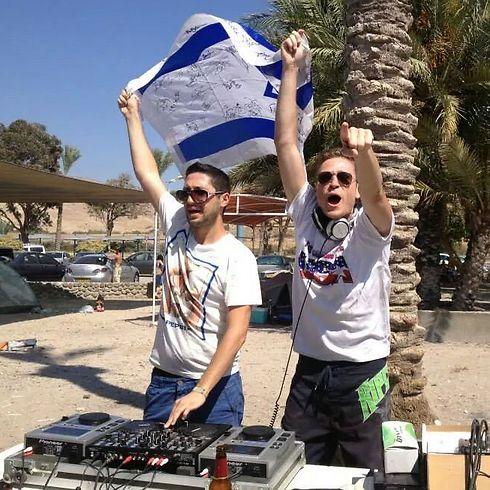 DJs Vaitor (left) and Johnnie K completed the lineup of Israeli DJs on day two of Kinnergy in 2014