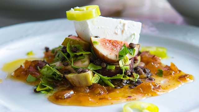 סלט תאנים, שף ניר צוק (צילום: ירון ברנר) (צילום: ירון ברנר)
