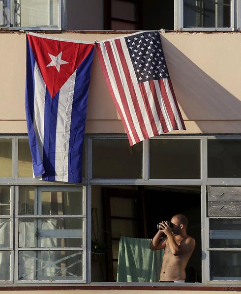 התרגשות בקובה (צילום: רויטרס) (צילום: רויטרס)