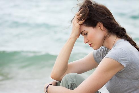 """""""הרגשתי כמו צל לידו"""" (צילום: Shutterstock) (צילום: Shutterstock)"""