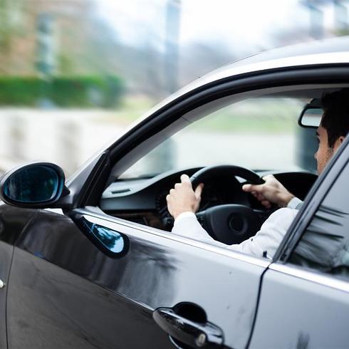 לומדים לנהוג - אבל אין טסטים (צילום: shutterstock) (צילום: shutterstock)