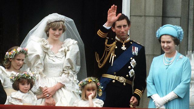 חיי נישואים אומללים. דיאנה וצ'רלס בחתונתם לצד המלכה אליזבת השנייה (צילום: Gettyimages Imagebank) (צילום: Gettyimages Imagebank)
