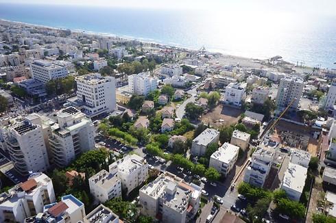 מבט מלמעלה על מרכז העיר נהריה - לפני ההריסה והבנייה מחדש (צילום: סלע בינוי) (צילום: סלע בינוי)