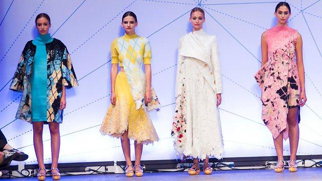 Models in fashion show by Shenkar graduate Dana Cohen (Photo: Rafi Deloya)