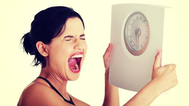 תהיו סבלניים עם הירידה במשקל (צילום: shutterstock) (צילום: shutterstock)