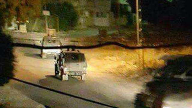 Military vehicle enter Jenin.