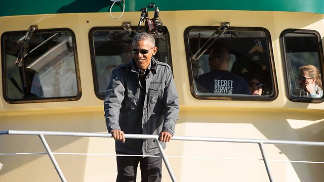 הישג לנשיא האמריקני. אובמה באלסקה (צילום: AP) (צילום: AP)